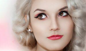 makijaż i kolorowe włosy